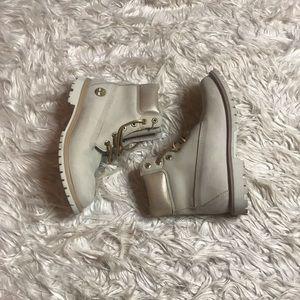 Women's Beige Timberland Boots